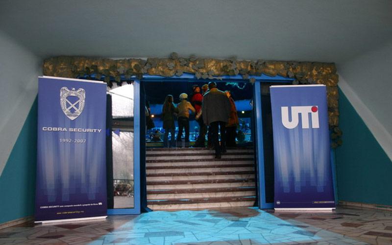 Surprize de Crăciun oferite copiilor angajaților UTI