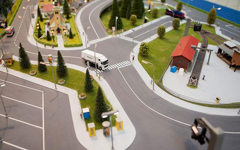 UTI prezintă la Expo Trafic soluții pentru un oraș inteligent